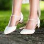 Bruidsschoen Angela Ivory Satin/ Vintage Lace
