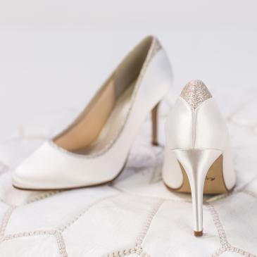 Billie Ivory Satin/ Silver Fine Glitter