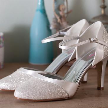 Caroline Ivory Satin/Silver Fine Glitter