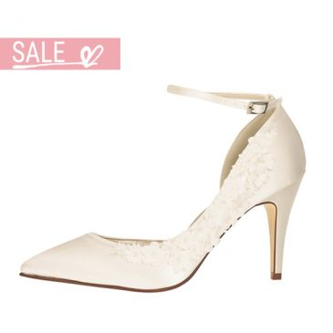 Bridal shoe Fern Ivory Satin/ Flowers
