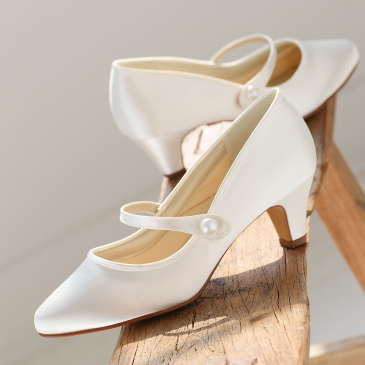 Heather Ivory Satin